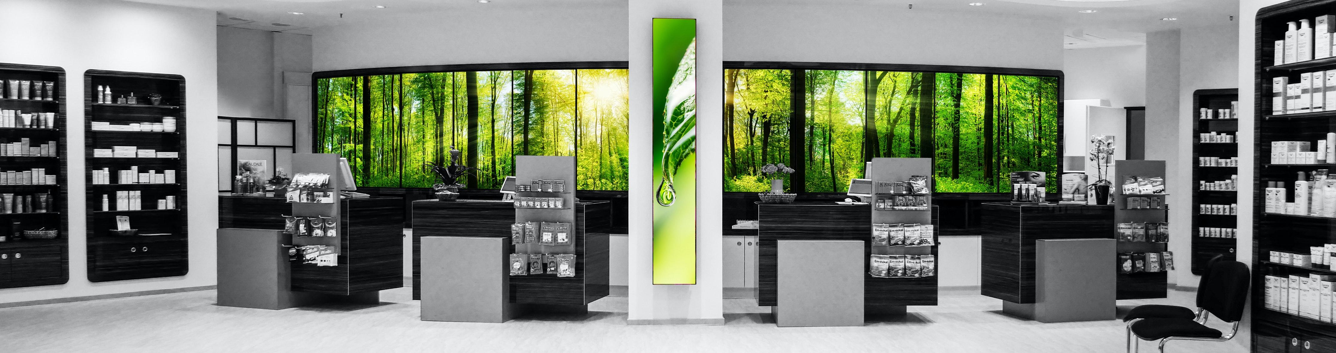 Apostore Adcommander Digitale Loesungen Apotheke panorama wall wald3