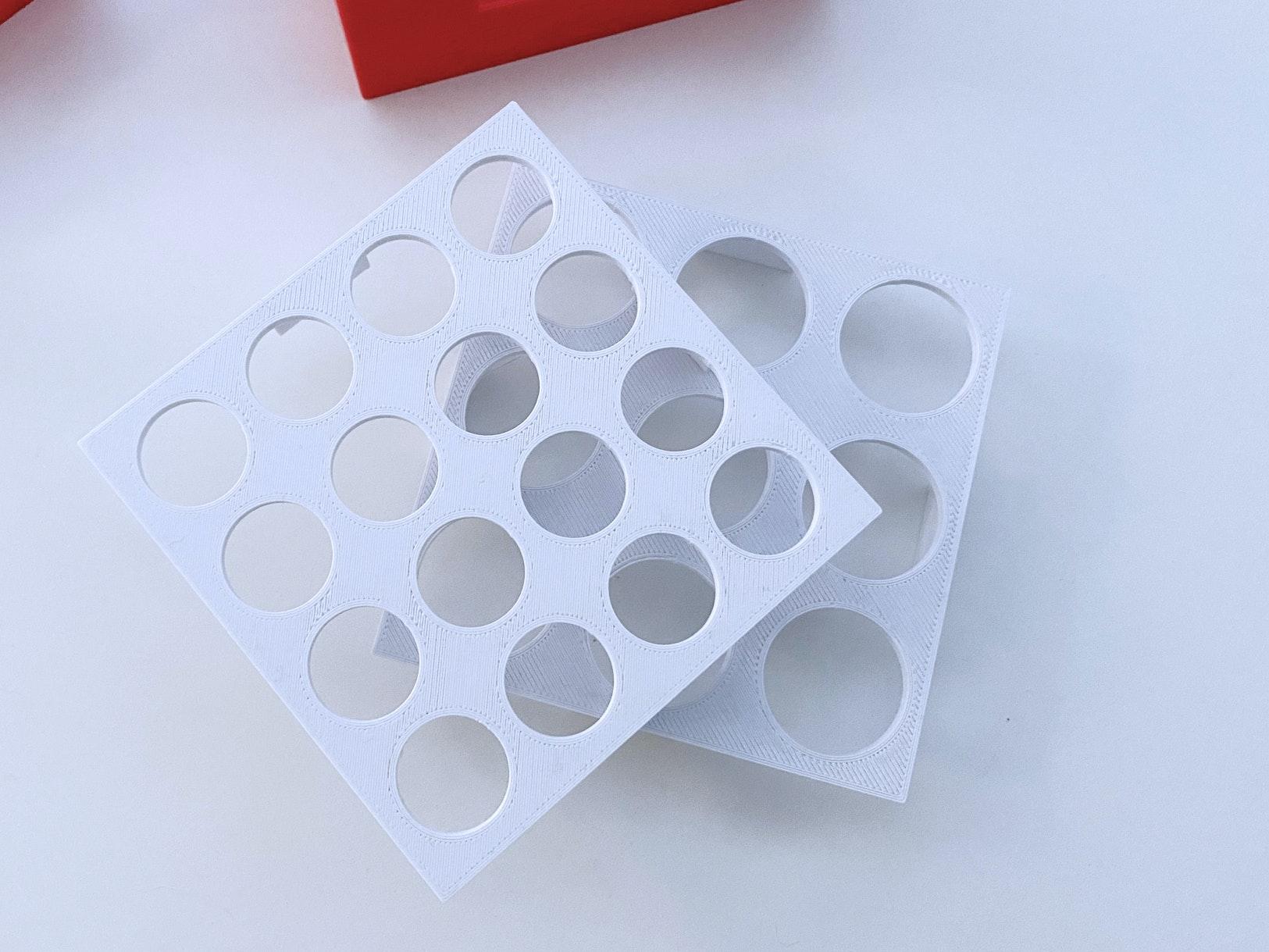 Impfstoff Transportbox (3D-Druck) - Verschiedene Einleger von Knapp Smart Solutions Apostore