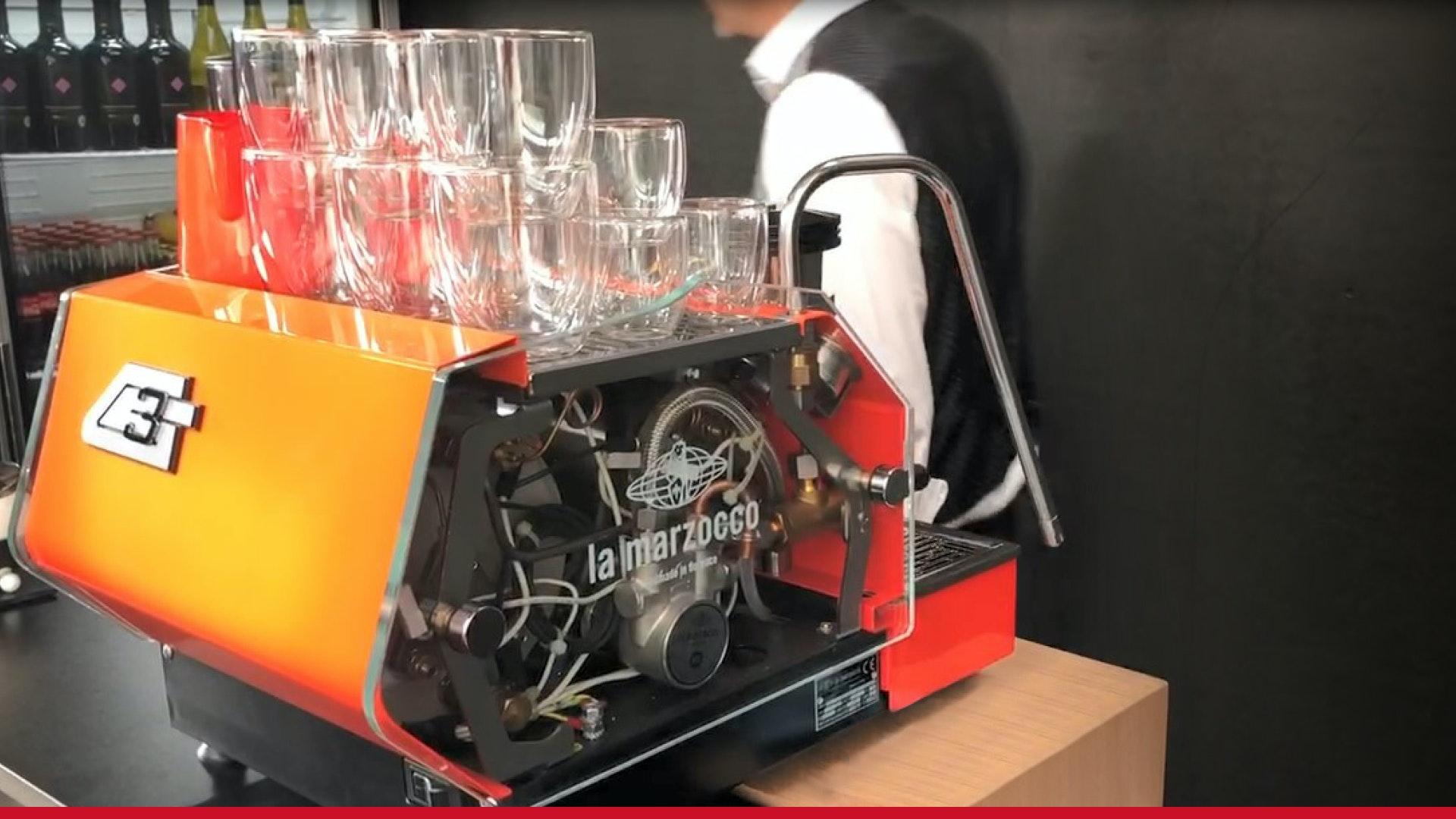 V1 202109 Apostore Lager Roboter Digitale Apotheke austropharm2 2 Barista
